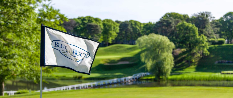 blue rock golf course tee flag